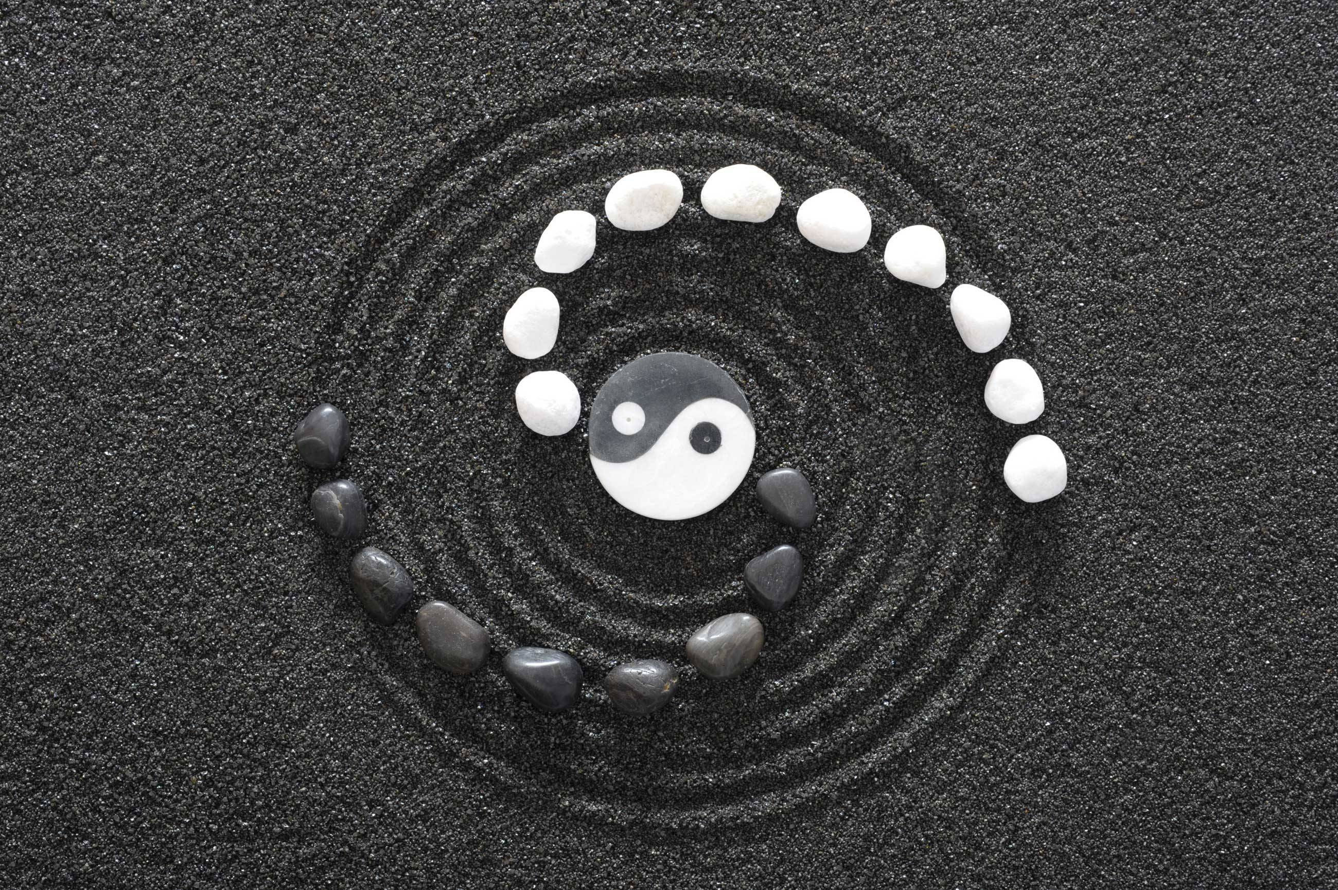 Background_yin_yang